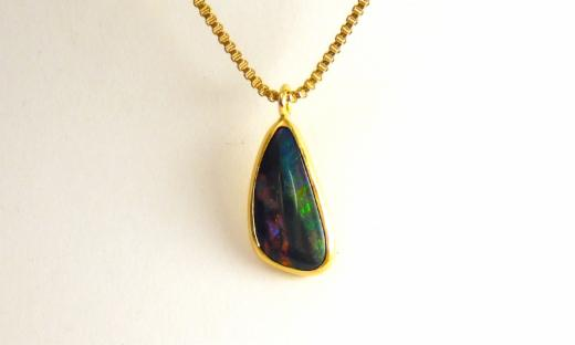 Opale - neongolden
